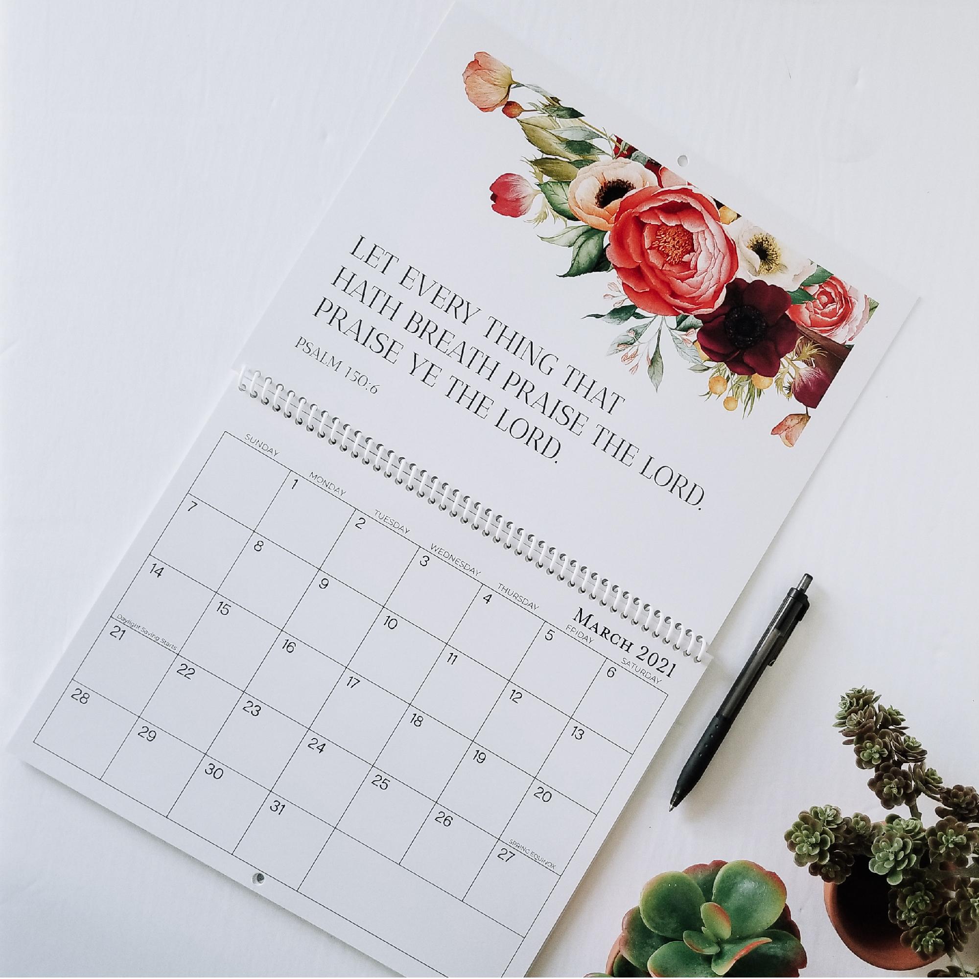 Praise God – white calendar-01