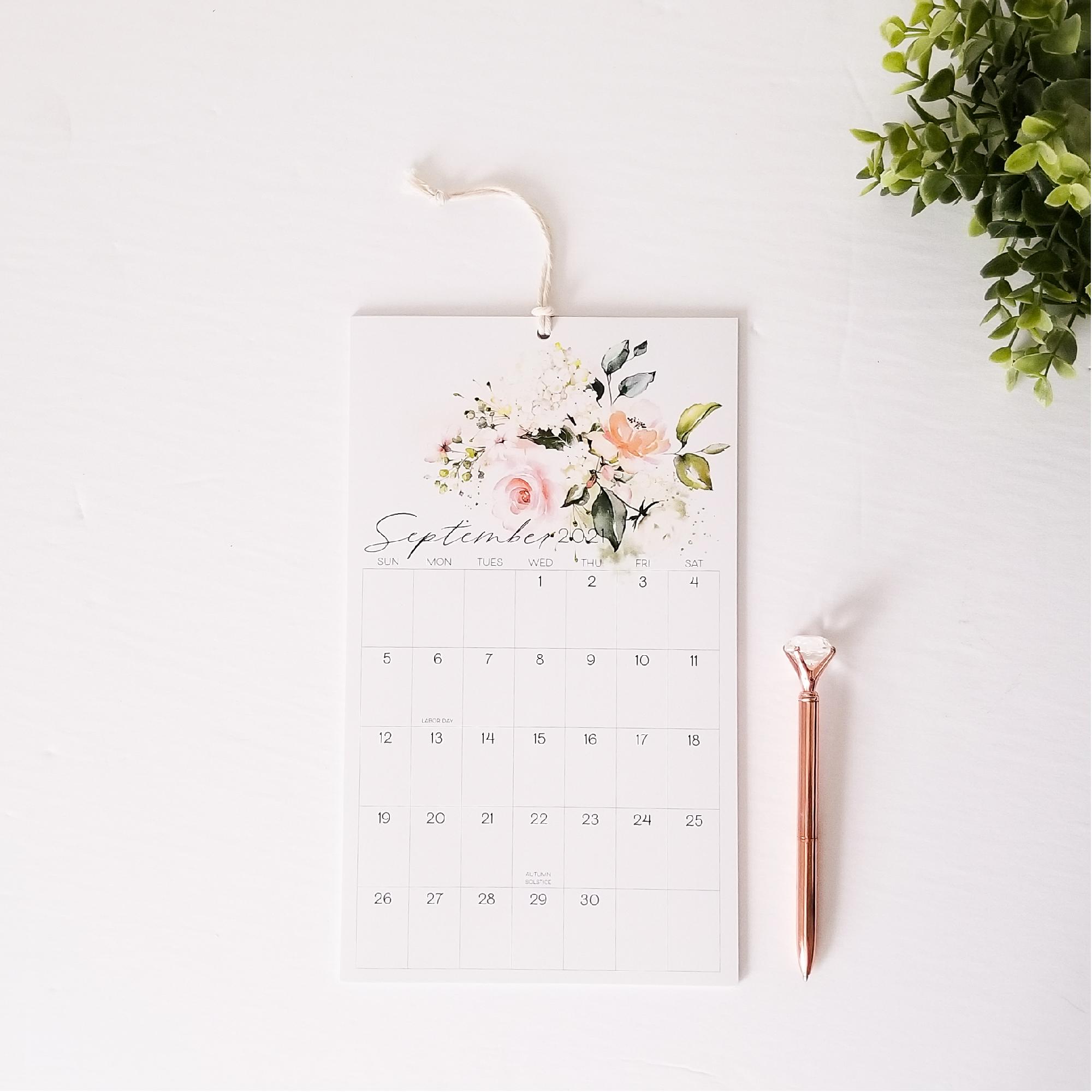 Summer's Grace 2021 wall calendar-01